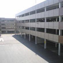 仙台市の商業施設の駐車場