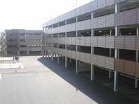 仙台市の商業施設の駐車場のサムネイル