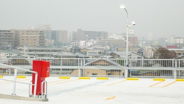 越谷の商業施設駐車場